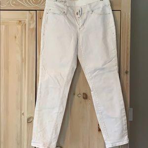 White jeans modern fit skinny leg